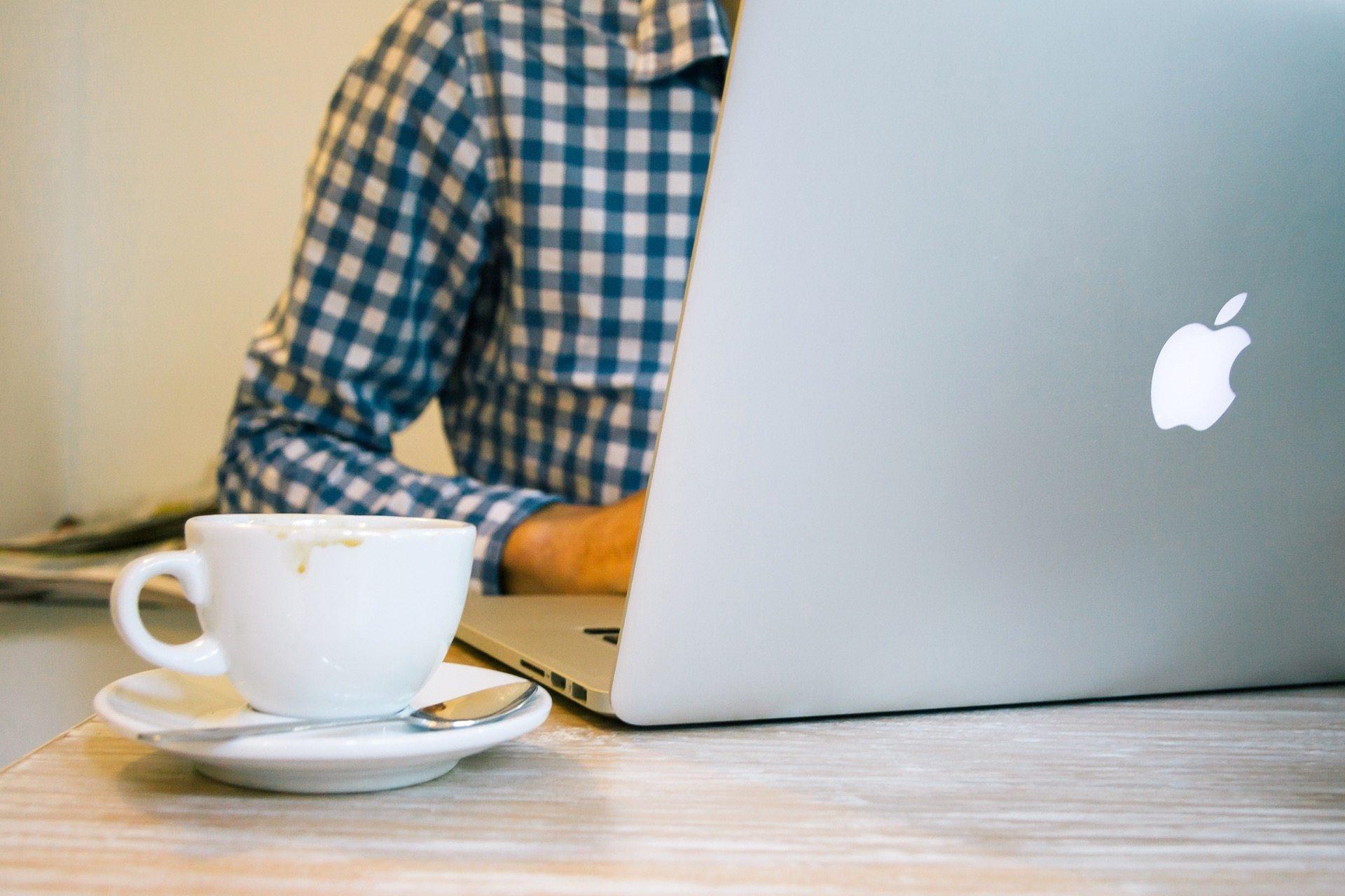 איך להגדיל את המכירות באתר בעזרת צ'אט אונליין